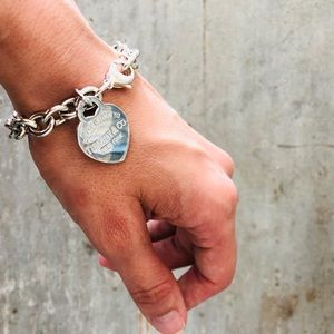 ♥️ Tiffany & Co. ♥️ Heart Tag Charm Bracelet
